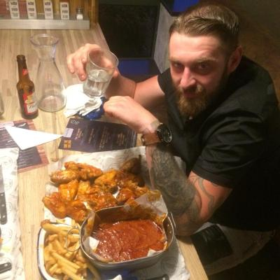Scott Mckie Failed The Spicy Chicken Wings Challenges